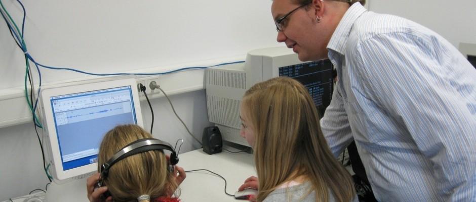 Querlink: Bericht über Podcasting im Unterricht